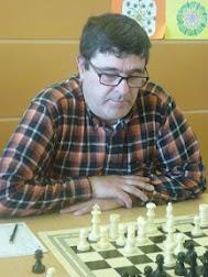 Josep Barea (jo mateix) fent veure que estic concentrat.