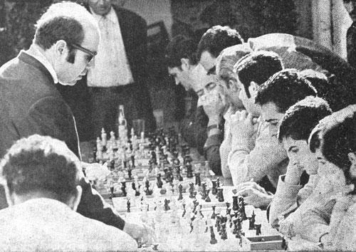 Simultànies a Cerdanyola de Vallès, 1970. foto provinent de: http://www.salillas.net/cerdanyola/any1970.htm